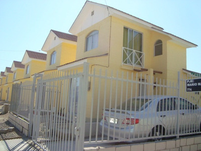 Arriendo Casa Nueva , Totalmente Amoblada ,sector Herradura