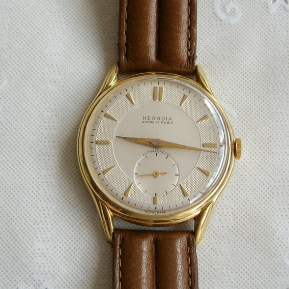 Relógio De Pulso Masculino A Corda Herodia 17 Rubis.