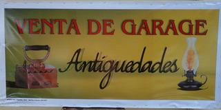 Cartel Con Banner Y Estructura De Madera Para Anticuarios