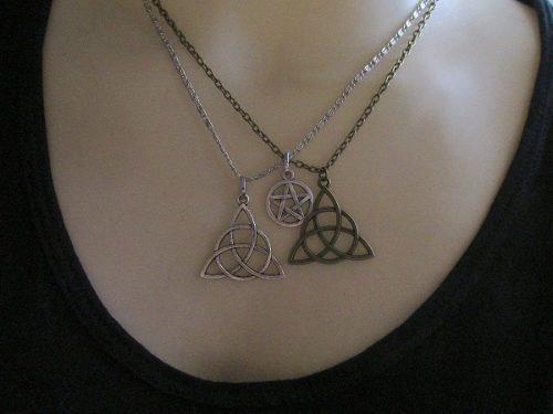 Colar Esoterico Triquetra E Pentagrama 3 Amuletos Protetores