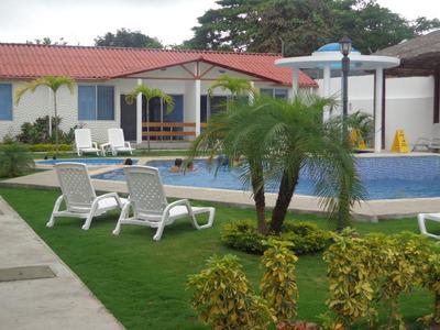 Alquiler De Casa, Esmeraldas Tonsupa, Muy Cerca De Atacames