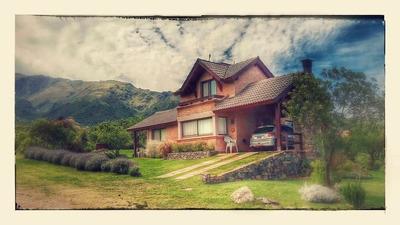 Alquiler De Casa En San Luis- Las Cascadas Golf- Carpinteria