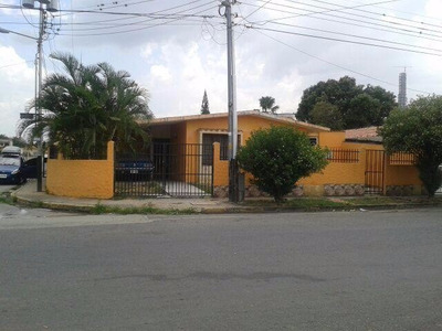H.a Casa En Venta En El Morro I
