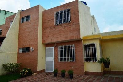 Vendo Excelente Casa Urb Trigal Norte Valencia