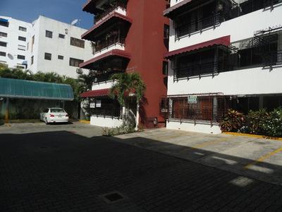 For Rent Apto. En Gazcue, 3 Hab. Cerca Del Malecón