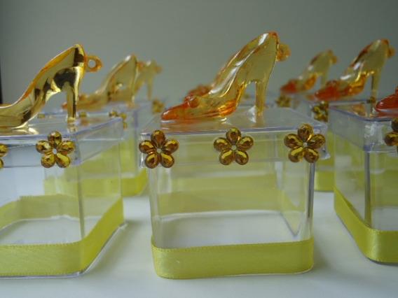 30 Caixinhas Acrilica 5x5 C/sapatinho Cristal Lembrancinha