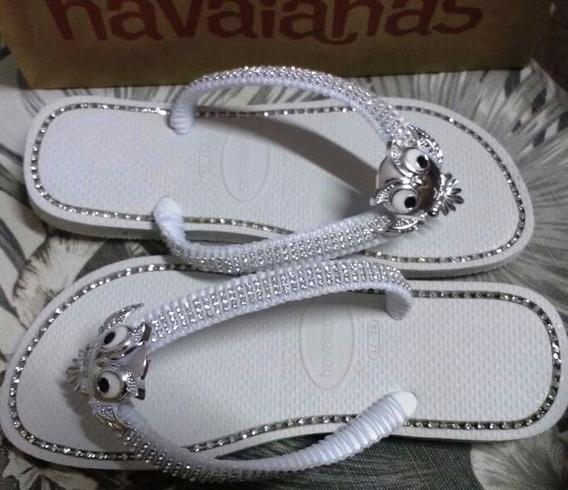 Chinelo Havaianas Branco Decorado Com Strass E Coruja Prata