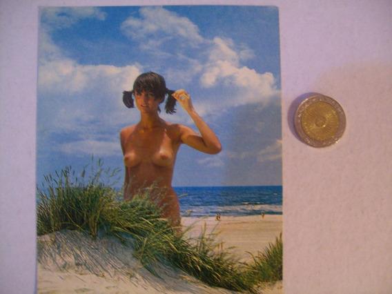 Playa Mujer Desnuda Retro