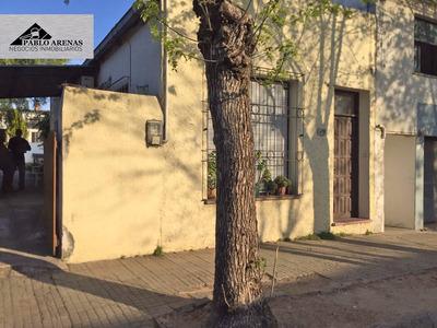 Casa En Venta En Nueva Helvecia-en Pleno Centro De La Ciudad