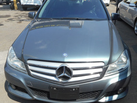 Bonito Mercedes Benz Clase C 180 2012