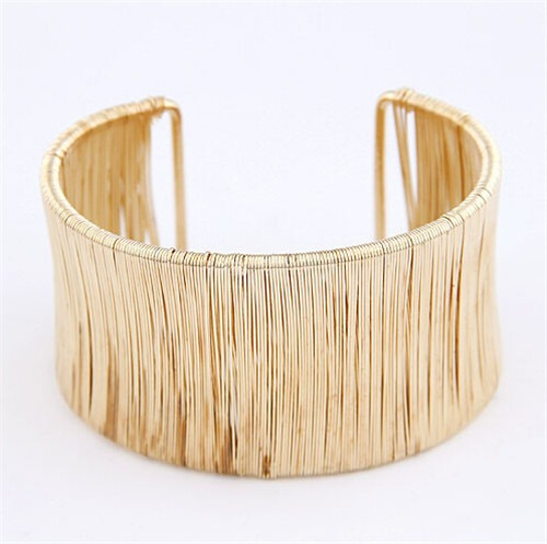 Lindo Bracelete Pulseira Dourado Largo Fashion 4,4 Cm Filete