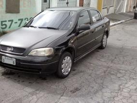 Astra 2.0 Mpfi Gls 2000/2001 Sedã Preto