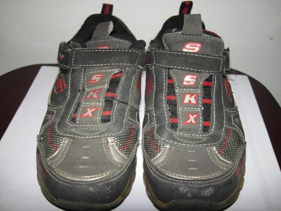 Zapato Deportivo Niño Colores:gris Rojo Shechers Talla 31