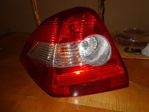 Vendo Luz Trasera Izquierda De Renault Megame Ii, Año 2005
