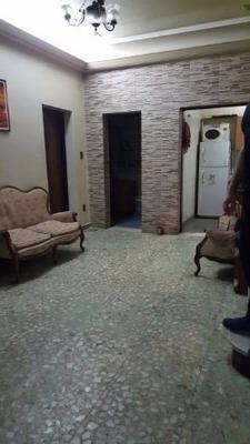 Venta Casa 4 Ambientes Liniers Con Garage Y Quincho Terraza