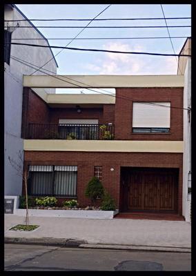 Venta Casa En Avellaneda - Excelente Estado
