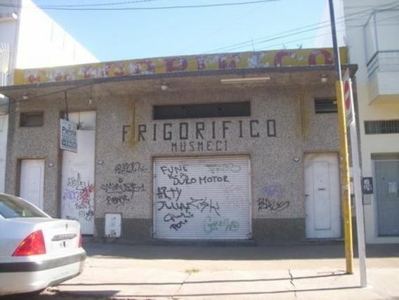 Local Mas Doble Camara Frigorifica + Vivienda Al Fondo.