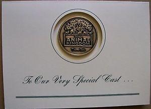 Tarjeta Con Medalla Walt Disney 1998