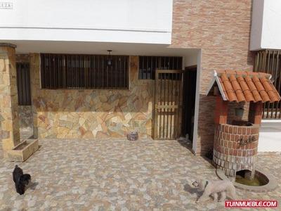 Casa Venta En Catia La Mar Mls-15-12529