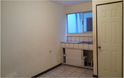 Alquila Habitación Con Baño Propio Y Fregadero Cerca Ulacit