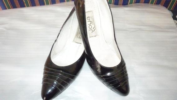 Zapatos Cuero Charol Marca, Joya N37.