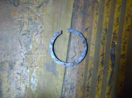 Imagen 1 de 1 de Vendo Ring Snap De Pregio - Besta 2000