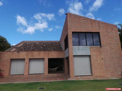 Casa En Venta 14-835