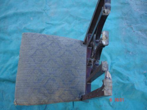 Antigua Silla Para Restaurar -ideal Carpinteros Y/o Restaura