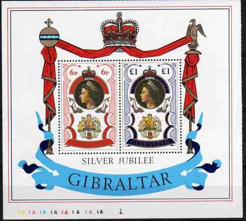 2 Estampillas De Gibraltar Isabel Ii Block 3 Año 1977
