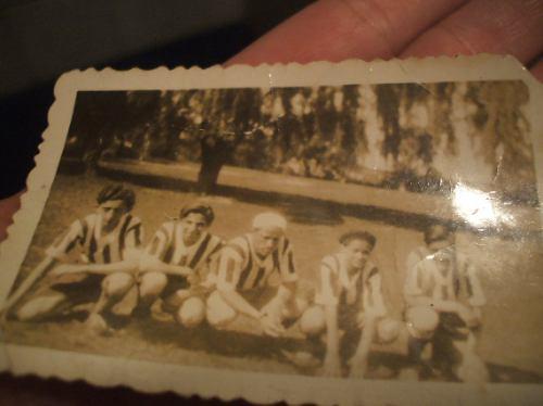Foto Antigua De Futbol