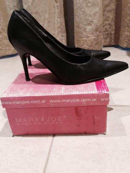 Hermosos Zapatos Stillettos Negros