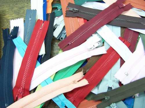 Imagen 1 de 3 de Lote Merceria * 88 Cierres Nº 16 * Varios Colores * Plastico