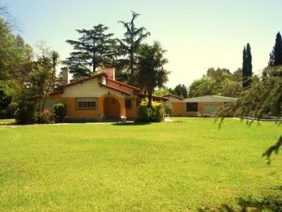 Alqui.casa Quinta 3.500 M2 Barrio Cerrado