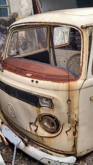 Volkswagen Perua Kombi Sucata 1976 Bege Nao Vendemos Pecas