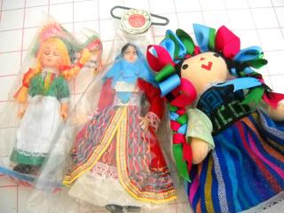 Lote De Muñecas Chicas De Porcelana Y De Trapo