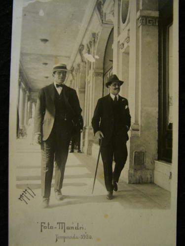 Postal Antigua Los Caballeros De Madri 1920