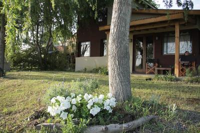 Alquiler Costa Del Este - 2 Casas De 3 Y 1 Dormitorio.