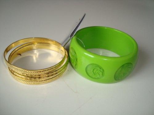 Pulseira Bracelete Em Resina Rosa Flor Rosa Verde