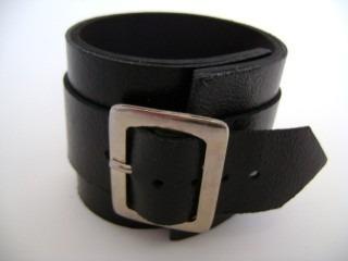 Pl 386 Bracelete Fivela Larga C/ Tira Longa Couro Legítimo