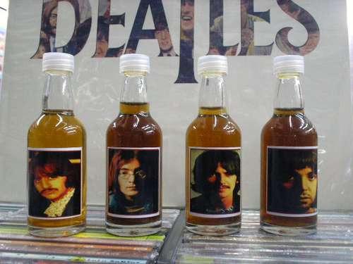 The Beatles White Album - Lindas Garrafinhas Decorativas