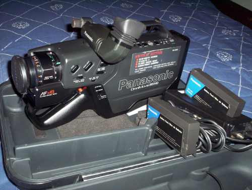 Filmadora Panasonic Analógica Pv 604d Semi Profissional !!