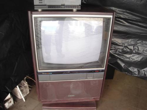 Tv.mitsubischi 26 - 2604 - Stereo C/ Rack E Som Conjugado.