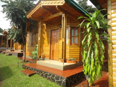 Cabañas Doña Cristina A 30`de Las Cataratas Del Iguazu