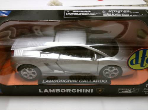New Ray Lamborghini Gallardo - Escala 1/32