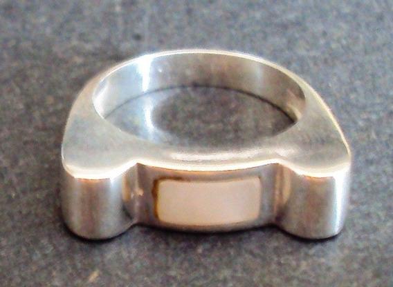 005 Bjr- Anel De Prata Maciça 950 K- Madrepérola