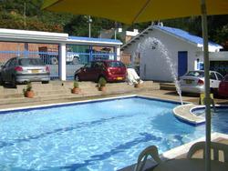 Casa-condominio Melgar Via Carmen Apic, Piscina,6-8 Personas