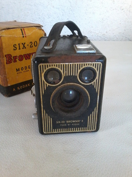 Camera Fotografica Kodak Brownie Six-20 Model E With Flash