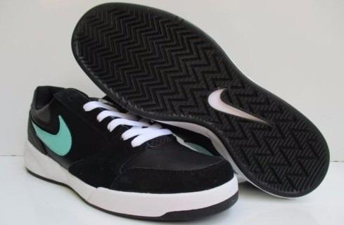 Remate Nike Zapatos Deportivos Hombre Talla 8.5 $60