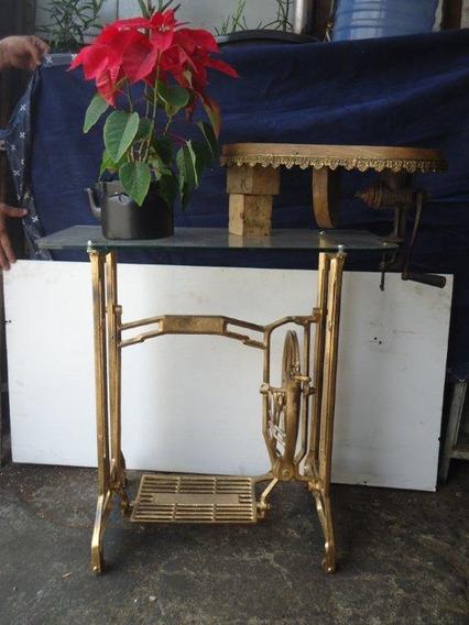 Aparadouro Ferro Fundido Pé De Maquina De Costura Antiga