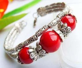 Lindo Bracelete Prata Tibetana E Coral Vermelho Sintéto Novo